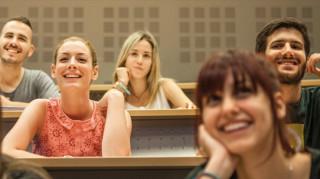 Αλλαγή πορείας: Πώς μπορείς να κάνεις στροφή καριέρας για να ασχοληθείς με την ψυχολογία;