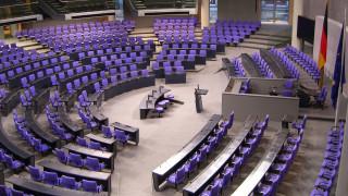 Ενέκρινε την εκταμίευση της δόσης η γερμανική Βουλή