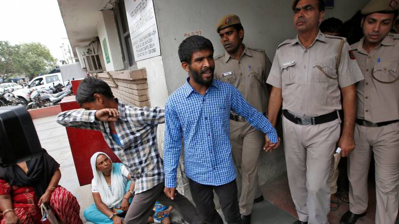Ινδία: Ισόβια κάθειρξη σε 5 για τον ομαδικό βιασμό Δανής τουρίστριας
