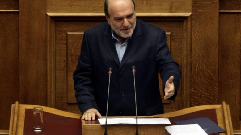 Σύγκρουση στη Βουλή για τους φορολογικούς ελέγχους