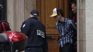 Δολοφονία αστυνομικού και κατάσταση ομηρίας συγγενών του στο Παρίσι