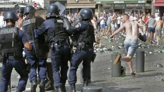EURO 2016: Ρώσος χούλιγκαν κατέγραφε με κάμερα τα επεισόδια στην Μασσαλία