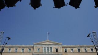 Βαριές κατηγορίες για το «παραιτηθείτε» - Μαξίμου: Η ΝΔ επιδιώκει εκτροπή και ένταση