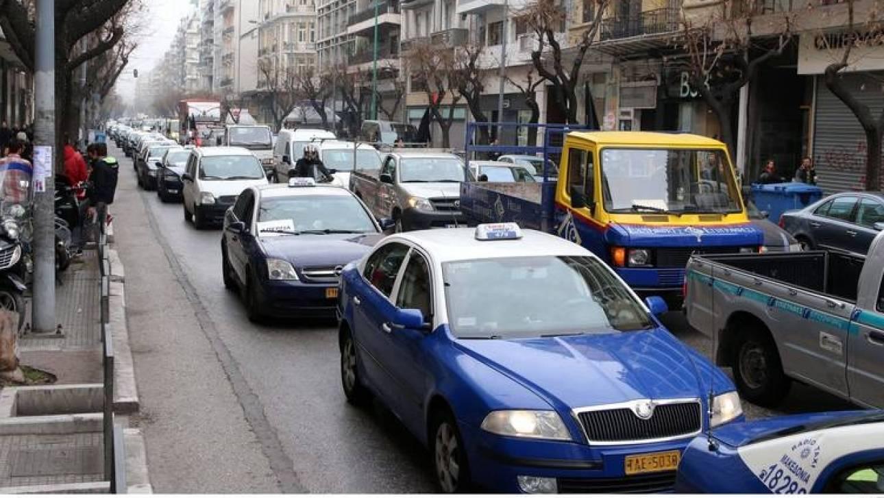 Νέο νομοθετικό πλαίσιο για τις άδειες οδήγησης προωθεί το υπουργείο Υποδομών