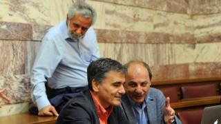 Δεύτερο «αντάρτικο» σε μία μέρα από τους 53 του ΣΥΡΙΖΑ