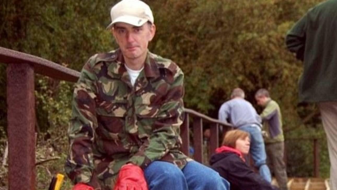 Δολοφονία Κοξ: Ο σιωπηλός κηπουρός που σόκαρε τη Βρετανία