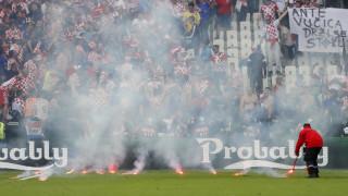 EURO 2016: διακόπηκε το Τσεχία-Κροατία για ρίψη καπνογόνων-τραυματίας υπάλληλος ασφαλείας