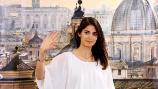 Ιταλικές δημοτικές εκλογές: Σάρωσε το Κίνημα των Πέντε Αστέρων σε Ρώμη - Τορίνο