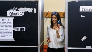 Βιρτζίνια Ράτζι: Αυτό είναι το προφίλ της νέας δημάρχου της Ρώμης
