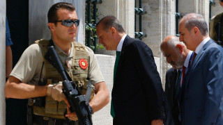 Ο Π. Βαλασόπουλος στο CNN Greece για το «όχι» γερμανικού δικαστηρίου στον Ερντογάν (vid)