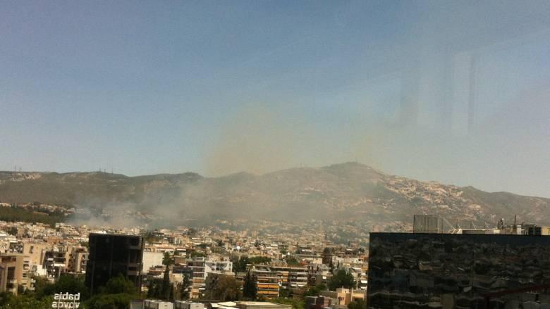 Πυρκαγιά δίπλα στο κτήμα Συγγρού στο Μαρούσι
