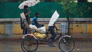 Ινδία: Τουλάχιστον 93 νεκροί από κεραυνούς