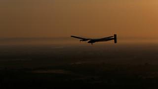 Ολοκληρώθηκε η ιστορική πτήση του Solar Impulse 2 πάνω από τον Ατλαντικό