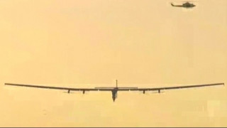 Έφτασε Ευρώπη το ηλιακό αεροπλάνο