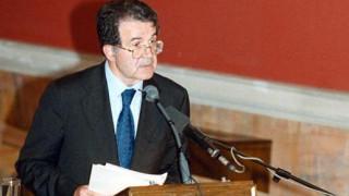 Πρόντι:  Η Ευρωπαϊκή Ένωση μπορεί να ξαναγεννηθεί ή να χρεοκοπήσει