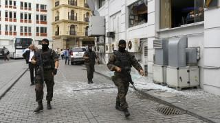 Μπαράζ συλλήψεων οπαδών του Γκιουλέν στην Πόλη