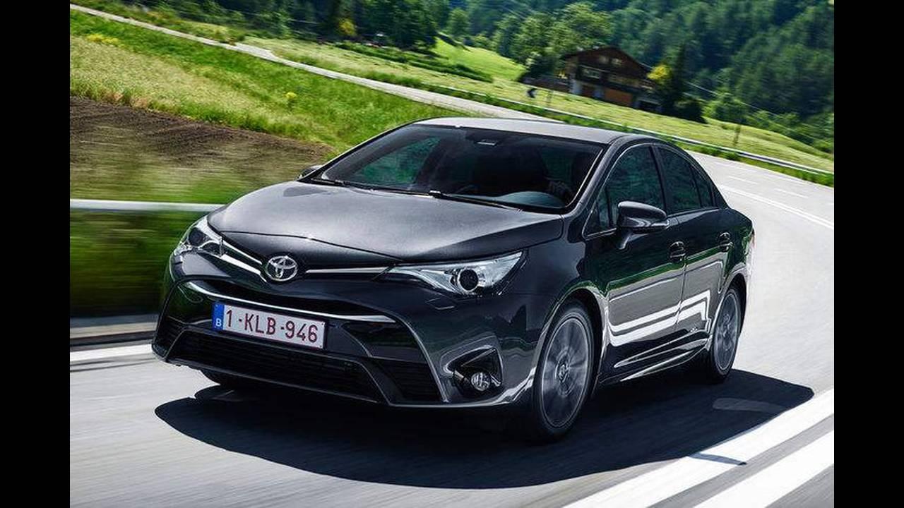 https://cdn.cnngreece.gr/media/news/2016/06/26/37173/photos/snapshot/Toyota-Avensis.jpg