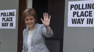Το Brexit έφερε πολιτική κρίση-Απειλεί να μπλοκάρει την έξοδο η Σκωτία
