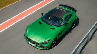 Η Mercedes AMG GT-R έχει αγωνιστικά γονίδια, πολλά άλογα και χαμηλό βάρος