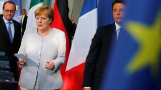 Αυστηρό μήνυμα Μέρκελ-Ολάντ-Ρέντσι: Ζητήστε τώρα το Brexit