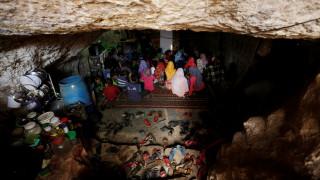 Συρία: Σχολεία σε σπηλιές και κοντέινερ