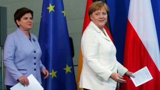 Η Πολωνή πρωθυπουργός κατά Μέρκελ και Ολάντ