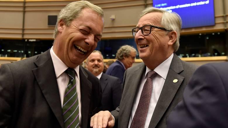 Γιούνκερ: Γιατί είστε εδώ; Ρώτησε τους ευρωβουλευτές του UKIP (vid)