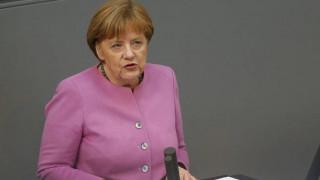Π. Βαλασόπουλος: Η Μέρκελ δεν βιάζεται όσο οι άλλοι για την έξοδο των Βρετανών