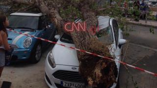 Τεράστια προβλήματα από την κακοκαιρία σε όλη την Ελλάδα - Χαλάζι στην Αττική