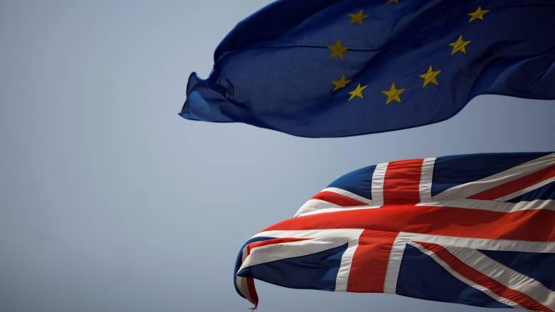 Καμία διαπραγμάτευση με το Λονδίνο μέχρι την ενεργοποίηση του άρθρου 50, λέει η ΕΕ
