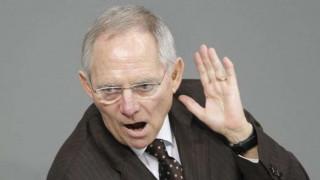 Αυστηρότερους δημοσιονομικούς κανόνες στην Ε.Ε. θέλει o Σόιμπλε