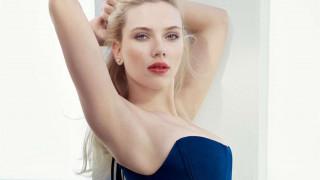 Η Scarlett Johansson μόλις έγινε η πιο εμπορική star όλων των εποχών
