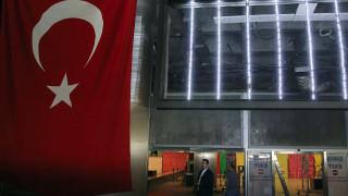 Ελεύθερος «αλώνιζε» ο Τσετσένος μακελάρης της Κωνσταντινούπολης