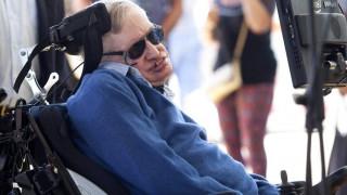 Μια Αμερικανίδα απειλούσε να σκοτώσει τον Στίβεν Χόκινγκ