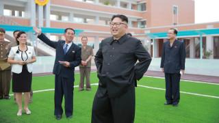 Ο Κιμ Γιονγκ Ουν διδάσκει τους καθηγητές πως να διδάσκουν