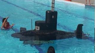 Μίνι στρατιωτικό υποβρύχιο κατασκευάσθηκε στο Βιετνάμ