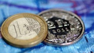 Διαβουλεύσεις κυβέρνησης – τραπεζών για τα δάνεια σε ελβετικό φράγκο