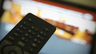 Δύο φάκελοι με ελλείψεις στον «αγώνα» για τις τηλεοπτικές άδειες