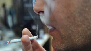 Που καταλήγουν πέντε τρισεκατομμύρια γόπες από τσιγάρα