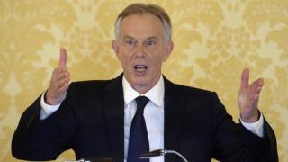 Ο βρετανικός Τύπος «πυροβολεί» τον Μπλερ: Το τέρας της αυταπάτης...