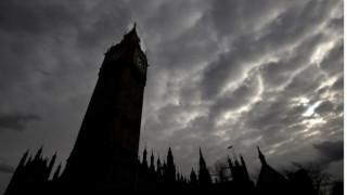 Ύποπτο πακέτο στο βρετανικό κοινοβούλιο