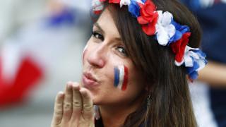 EURO 2016: ένα φιλί η επιβράβευση των νικητών Γάλλων στον ημιτελικό