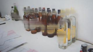 Ο «χαζός», ο «κοντός», ο «περίεργος» και τα ποτά μπόμπες στην Αθήνα