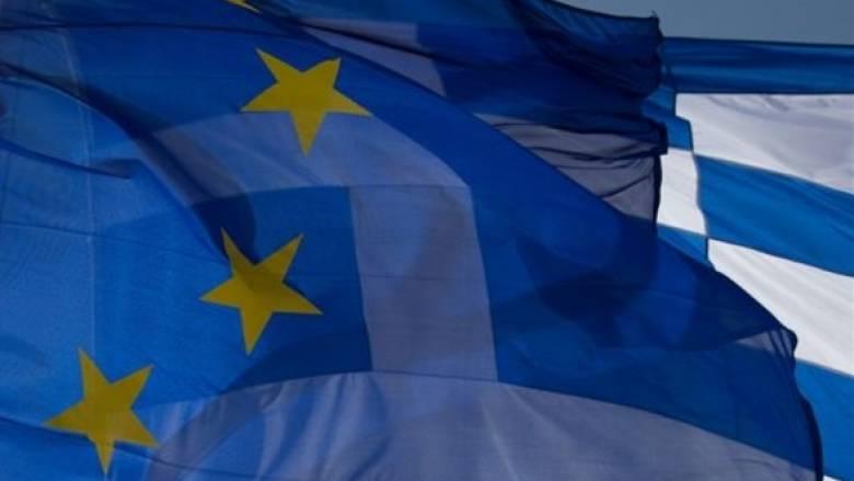 Ανυποχώρητοι οι ευρωπαϊκοί θεσμοί στο θέμα των πλεονασμάτων