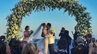 Mέσα στο γάμο των εκατομμυρίων που αποθέωσε τη Μύκονο (photo+video)