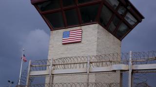 ΗΠΑ: Μεταγωγή κρατουμένου από το Γκουαντάναμο