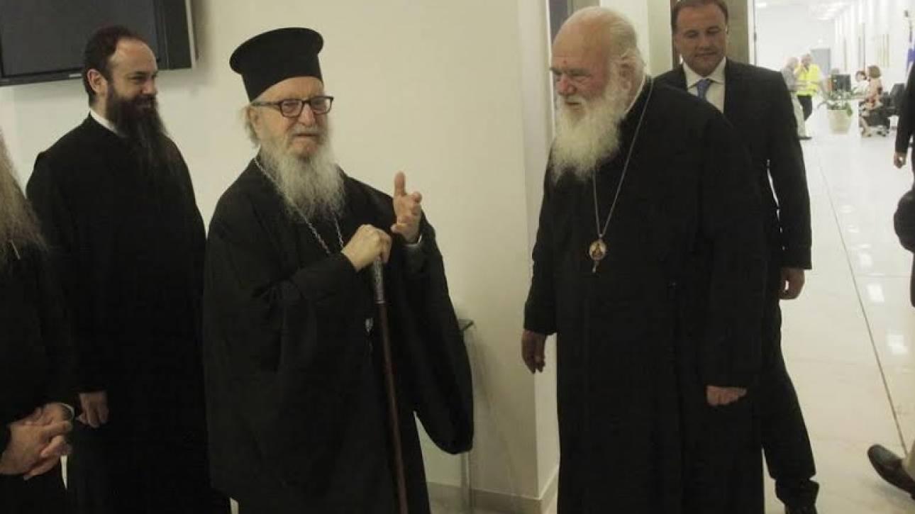Η απρόσμενη συνάντηση του Ιερώνυμου με τον Αρχιεπίσκοπο Αμερικής