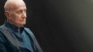 Γιατί η απώλεια του «πολύτροπου» δασκάλου Δημήτρη Μαρωνίτη κοστίζει πολύ