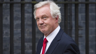 Ο Ντέιβιντ Ντέιβις αναλαμβάνει το υπουργείο Brexit στη νέα βρετανική κυβέρνηση