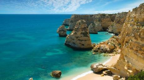 Conde Nast Traveller: 2 στις 10 καλύτερες παραλίες του κόσμου είναι ελληνικές (pics)